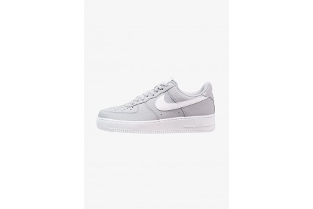 Nike AIR FORCE - Baskets basses wolf grey/white pas cher