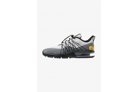 Black Friday 2020 | Nike AIR MAX SEQUENT 4 UTILITY - Chaussures de running neutres wolf grey/reflect silver/cool grey/black/amarillo pas cher