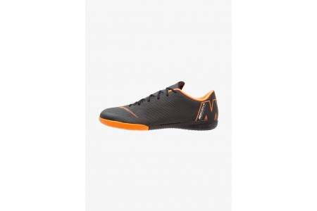 Black Friday 2020 | Nike MERCURIAL VAPORX 12 ACADEMY IC - Chaussures de foot en salle black/total orange/white pas cher