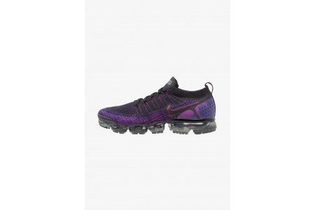 Nike AIR VAPORMAX FLYKNIT - Chaussures de running neutres black/night purple/vivid purple/regency purple pas cher