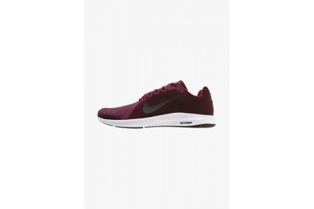 Nike DOWNSHIFTER 8 - Chaussures de running neutres bordeaux/black/deep burgundy pas cher