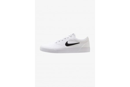 Nike CHARGE SLR - Baskets basses white pas cher