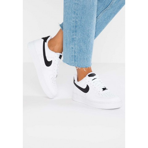 Nike AIR FORCE 1 '07 - Baskets basses white/black pas cher