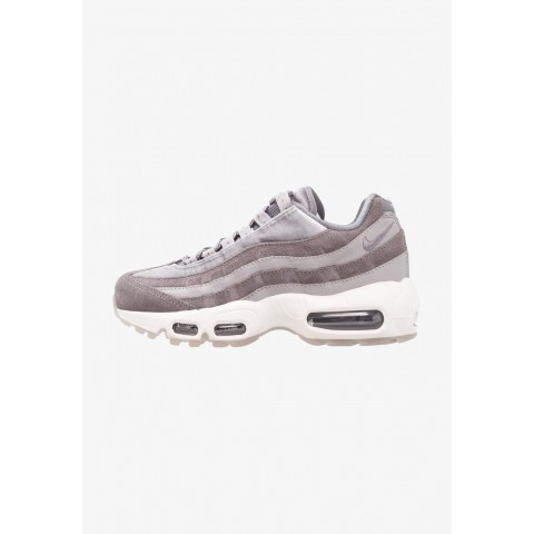 Nike AIR MAX 95 LX - Baskets basses gunsmoke/atmosphere grey/summit white pas cher
